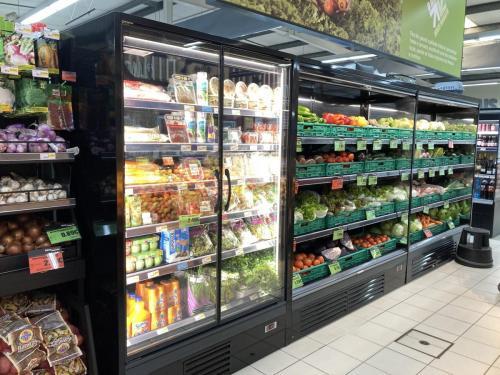 Intermarche - Alpendorada e Matos, Expositores de Frutas e Legumes